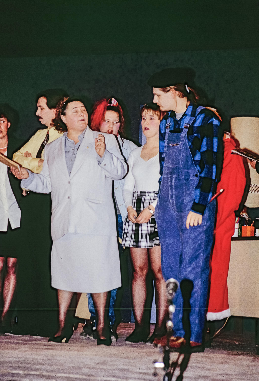 1995-12-un-pere-noel-de-trop-02